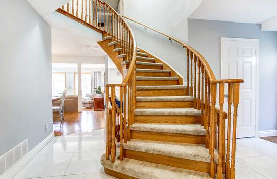 13 Addley Cres., Ajax - Staircase