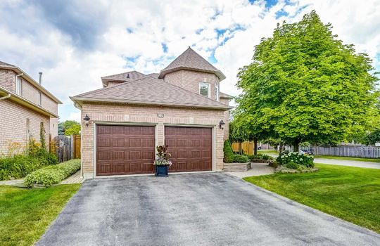37 Braebrook Dr., Whitby