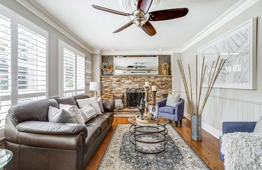 37 Braebrook Dr., Whitby - Family Room