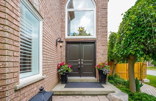 37 Braebrook Dr., Whitby - Front Entrance
