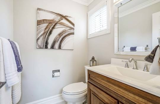 37 Braebrook Dr., Whitby - Powder Room