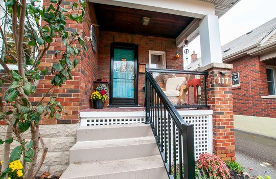 117 Patrica St., Oshawa - Front Porch