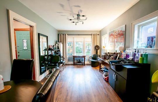 117 Patrica St., Oshawa - Living Room
