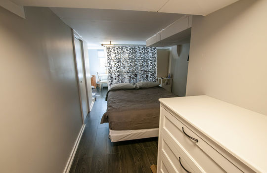 195 Albert St Oshawa - Unit 1 Bedroom