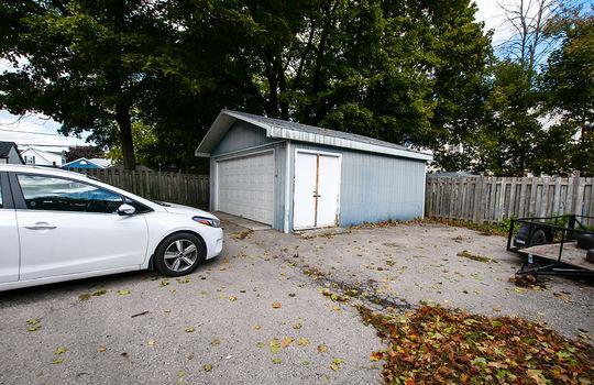 195 Albert St Oshawa - Garage