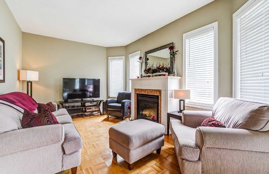 35 Weldon St., Whitby - Family Room