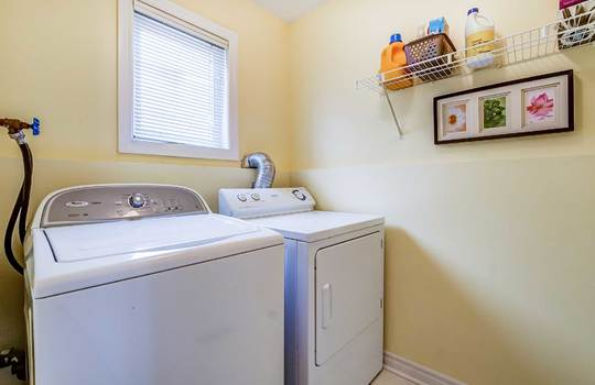 35 Weldon St., Whitby - Laundry