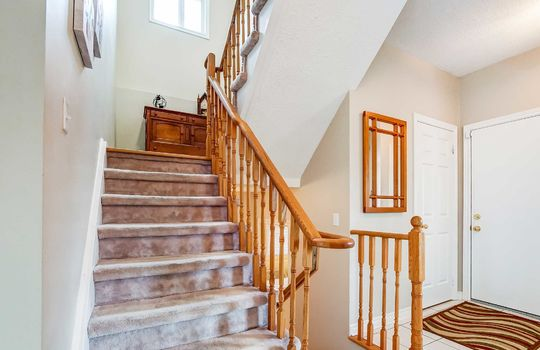 35 Weldon St., Whitby – Staircase