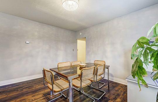 1209 Simcoe St South Oshawa - Dining Room