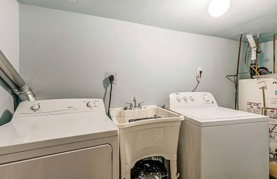 1209 Simcoe St South Oshawa - Basement Laundry