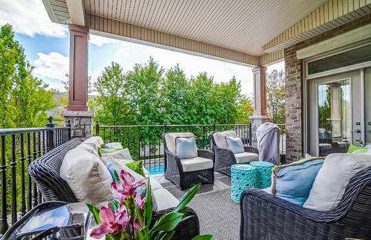 Back Yard Covered Deck – 1 Connie Crt, Whitby