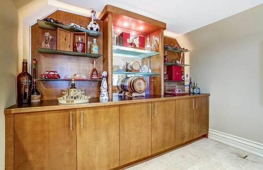 Basement Bar – 1 Connie Crt, Whitby