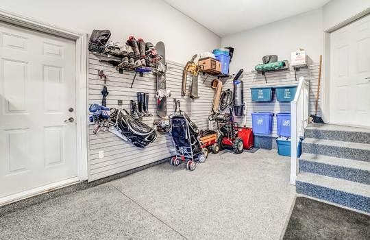 Garage - 1 Connie Crt, Whitby