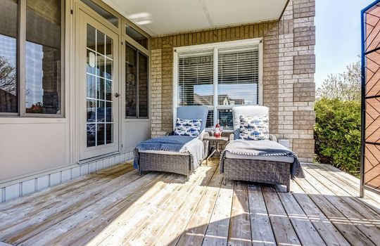Covered Deck - 160 High St Bowmanville