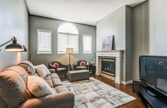 Family Room - 160 High St Bowmanville