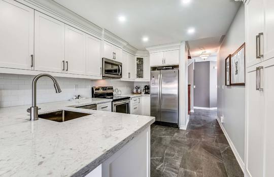 Kitchen - 160 High St Bowmanville