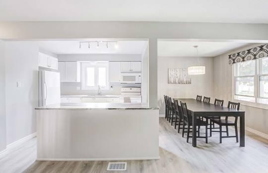 Kitchen / Dining Room - 2080 Foxfarm Rd Peterborough