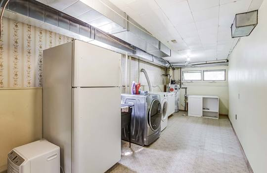 Laundry Room - 2080 Foxfarm Rd Peterborough