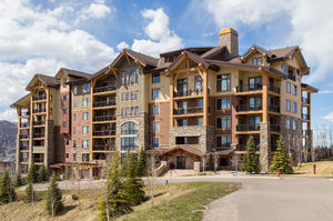 2410 Ski Trail Lane, Unit 2305