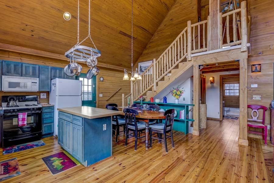 Diningroom at 31350 Deerwood Ranch Road