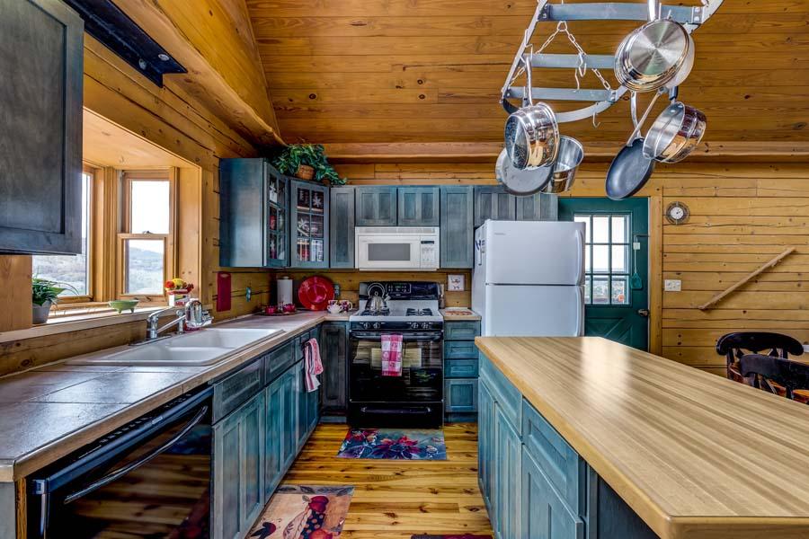 Kitchen at 31350 Deerwood Ranch Rd, Oak Creek, CO 80467