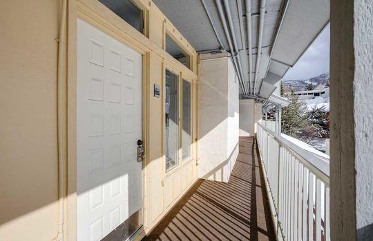 1920_Ski_Time_Sq_311_Door