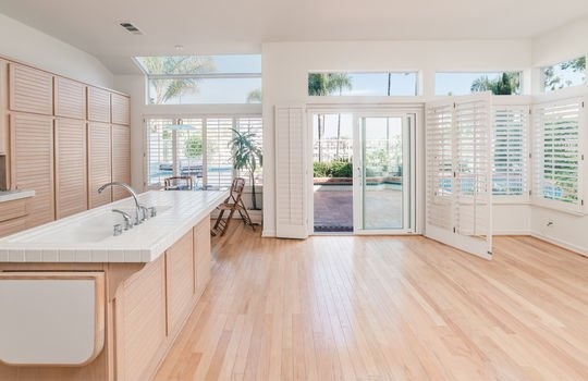 12_Spinnaker-bay-long-beach-Kent-Martin-Real-Estate_Joseph-Barber-Studios