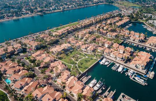 15_Drone-Spinnaker-bay-long-beach-Kent-Martin-Real-Estate_Joseph-Barber-Studios0084