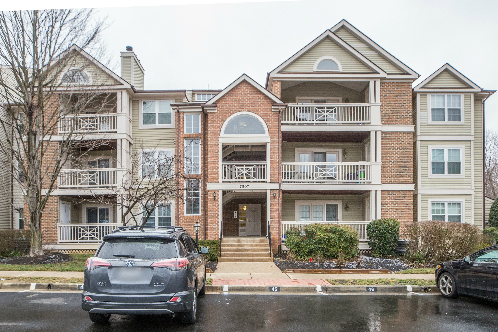SOLD | 7507 Ashby Ln # G, Alexandria, Virginia | Samson Properties