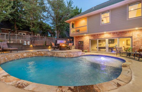 4300 Rimridge Rd Twilight Pool