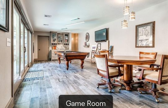 4300 Rimridge Road-95 game room