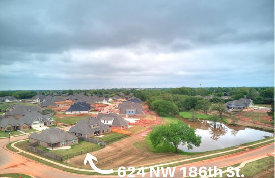 624 NW 186th -13