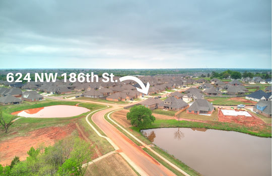 624 NW 186th -14