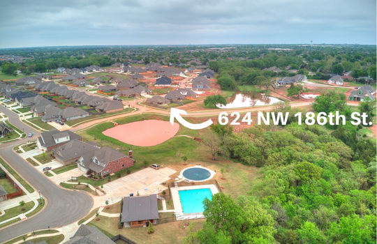 624 NW 186th -16