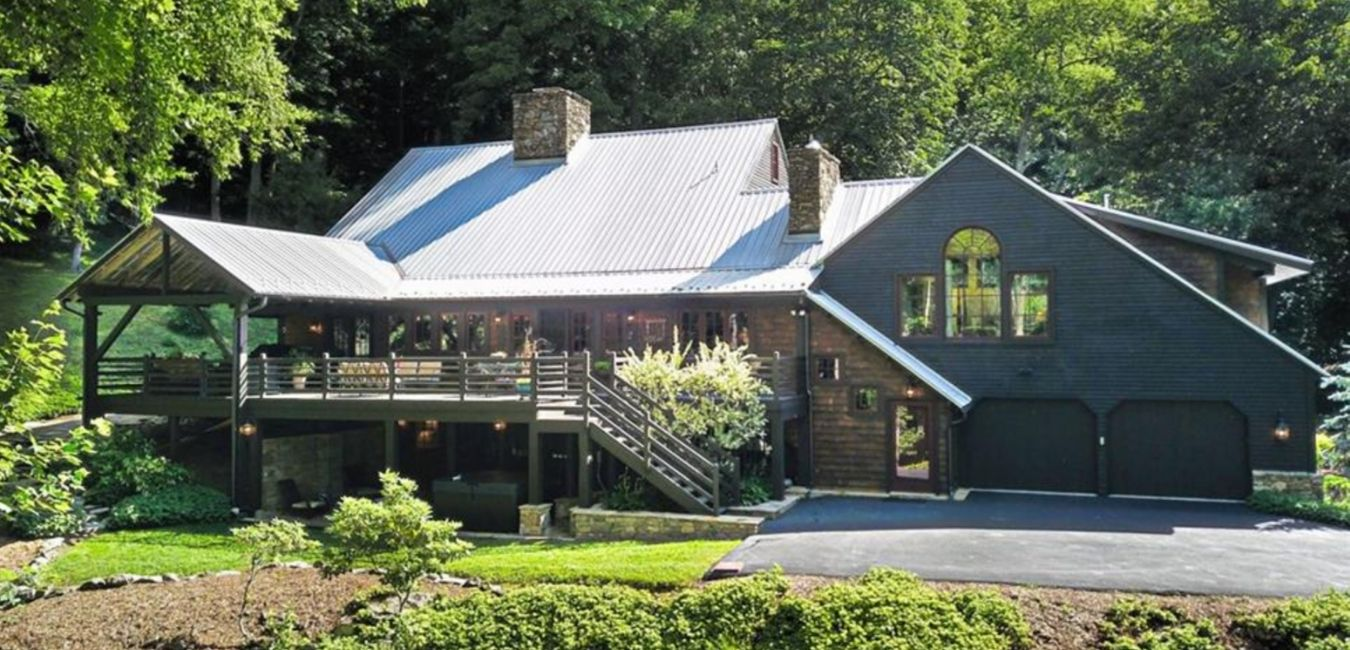 Mountain home on six acres at 527 Red Tailed Hawk Road in Banner Elk, North Carolina.