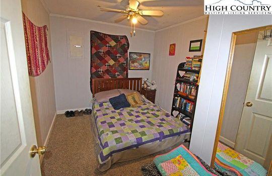 tilleybedroom2
