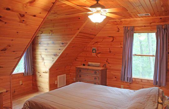 upstairsbedroom3