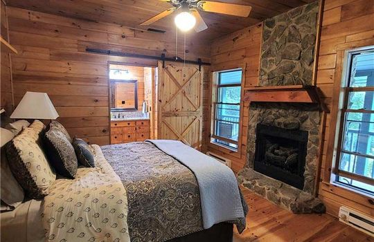 lowerbedroom