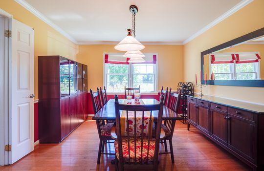 08-Dining Room