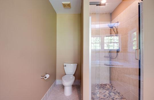 33-Owner Bath Shower