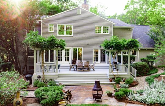 Beautiful deck surrounded by wisteria in Great Falls, VA