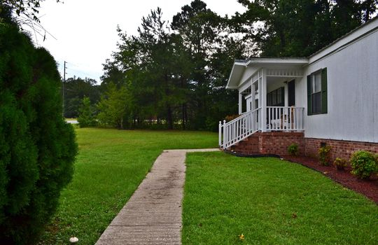 125 Duck Pond Road, Cheraw, SC 29520 Home For Sale (1)