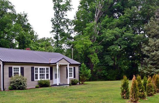 929 East Boulevard Chesterfield SC 29709 Creek Front Property Home For Sale (19)