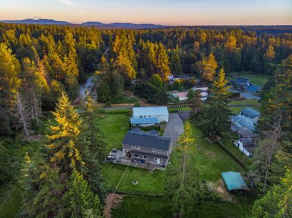UpgradeRealty-22627-Echo-Lake-Rd-Snohomish (2)