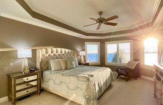 30 Baypoint master bed 2