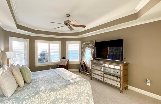 31 Baypoint master bed
