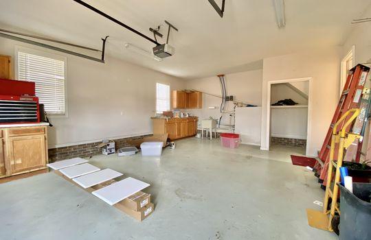 45 Bundy garage