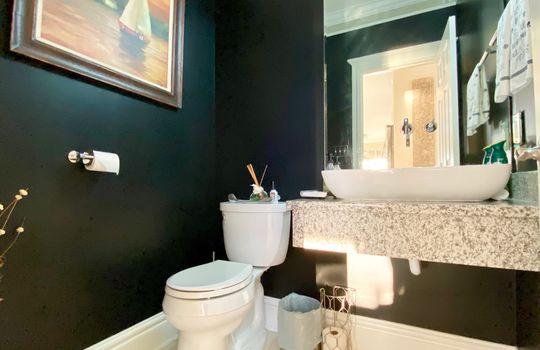 70 Baypoint downstairs bath