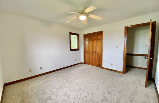 13-meads-bedroom 2