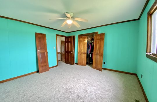 14-meads-bedroom 3